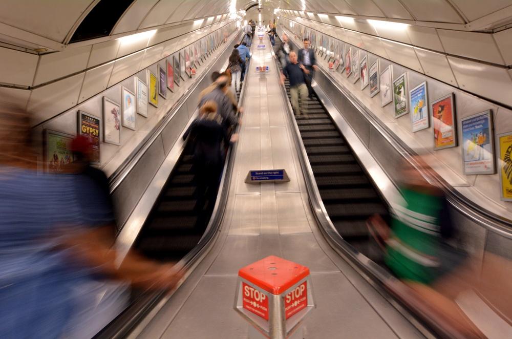London tube etiquette